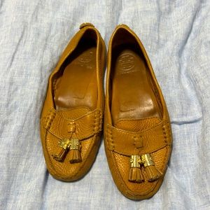 Tory Burch caramel loafers with tassel